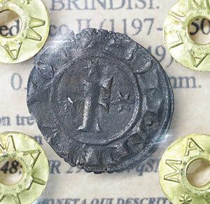 D/ Regno di Sicilia. BRINDISI. Federico II (1197-1250). Denaro (1249). 0.51 gr. – 16.8 mm. D:\ F con tre stellette. R:\ Croce con 4 stellette. Spahr 148; MIR 298. NC. qSPL