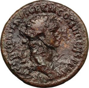 obverse: Domiziano (81-96). Dupondio