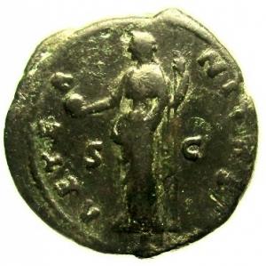 reverse: Impero Romano. Faustina I Morta nel 141 d.C. Asse Coniato tra 141-146 d.C. : D\ DIVA AVGVSTA FAVSTINA Testa velata verso destra R\ AETERNITAS Aeternitas con globo e scettro tra S C. RIC III 1163a (Antoninus). Cohen 38. Peso 13,9 gr. Diametro 28,8 mm. qBB. Patina verde scuro.
