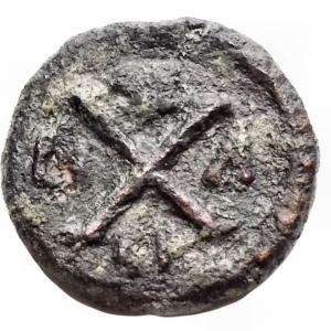 reverse: Bizantini -Maurizio Tiberio (582-602).Decanummo, Siracusa.D/ Busto di fronte.R/ Grande X. Nei quadranti, SE / CI / LI / A.D.O. 281.gr. 2.61. mm 15,04.AE.BB+. R