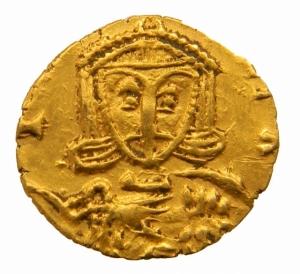 reverse: Impero Bizantino. Leone III (717-741). Tremisse, Siracusa. D/ dN[ ]. Busto di fronte di Leone III che indossa clamide e tiene globo crucigero. R/ Busto di fronte di Costantino V che indossa clamide e tiene croce potenziata. Cfr. D.O. 48. Cfr. Sear 1540 C (zecca italiana incerta). AU. g. 1.21 mm. 12.00 R. qSPL.=