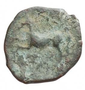 reverse: Mondo Greco - Apulia. Arpi. Ae Obolo 217-213 a.C. d/testa di Zeus verso sinistra r/ cavallo al galoppo verso sinistra sopra una stella. Peso 2,7 g. Diametro 16,4 x 17,8 mm. BB+. Intonso. Patina verde