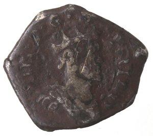 obverse: Zecche Italiane. Messina. Filippo III. 1598-1621. Mezzo Tarì. Data? Ag. Peso gr. 1,26. Diametro mm. 15. MB. Patina scura.
