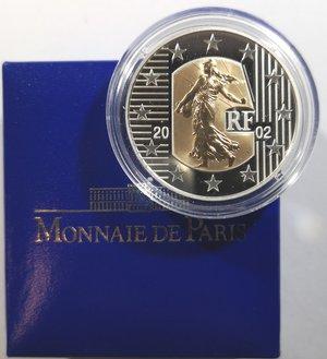 reverse: Monete Estere. Francia. 5 Franchi 2002. Au-Ag. Km. 1347. Peso Au gr. 2,7. Peso Ag 22,2.FDC Proof.In confezione della zecca.