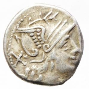 obverse: Roma Repubblica. Denario anonimo simbolo Apex. 209-208 a.C. D/ Testa di Roma verso destra, dietro X. R/ Dioscuri al galoppo verso destra, sotto simbolo ancora. Peso 3,30 gr. Diametro 17,5 mm. CR.52/1. BB.