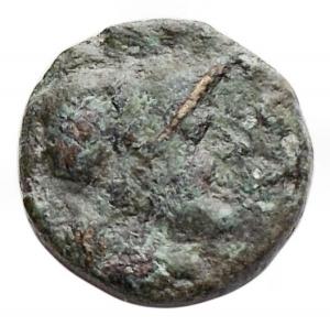 obverse: Mondo Greco - Apulia. Caelia. ca. 220-150 ac. Æ Semuncia .12,1 mm. 1,9 gr. d/ Testa di Atena a ds con elmo Corinzio r/ Dioscuri a cavallo a sn. HNItaly 770; SNG ANS 680. qBB. Patina verde