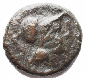 obverse: Mondo Greco -Apulia. Teate.Oncia, 217 a.C.D/ Testa di Athena a destra.R/ TIATI. Civetta a destra. In esergo: un globetto.SNG ANS 752.gr. 3.56.AE.qBB/BB+. Ben centrata. Patina scura