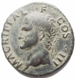 obverse: Impero Romano - Agrippa (Gaio, 37-41), Asse, Roma, dopo il 37 d.C.; AE (g 11,53; mm 27,6 x 28,2) d/ M AGRIPPA L F COS III, testa con corona rostrata a sn. r/ Nettuno clamidato stante verso sn tiene il tridente ed un piccolo delfino, ai lati S - C. RIC 58; C 3. Ritratto vigoroso, patina verde. BB+/qBB