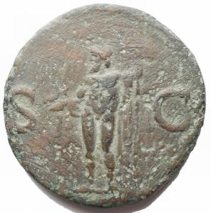 reverse: Impero Romano - Agrippa (Gaio, 37-41), Asse, Roma, dopo il 37 d.C.; AE (g 11,53; mm 27,6 x 28,2) d/ M AGRIPPA L F COS III, testa con corona rostrata a sn. r/ Nettuno clamidato stante verso sn tiene il tridente ed un piccolo delfino, ai lati S - C. RIC 58; C 3. Ritratto vigoroso, patina verde. BB+/qBB
