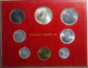obverse: Zecche Italiane.Vaticano . Giovanni XXIII. Serie 1961 Anno III. 8 pezzi. FDC
