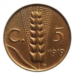 obverse: Casa Savoia. Vittorio Emanuele III. 5 centesimi spiga 1919. P.898. Peso 3,25 g. qFDC. Rame rosso. R.
