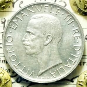 obverse: Casa Savoia. Vittorio Emanuele III. 5 Lire 1930. Aquiletta. Gig.77. FDC. Periziata.