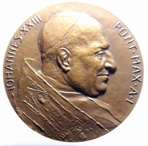 obverse: Medaglie Papali. Giovanni XXIII (1958-1963), Angelo Roncalli. Medaglia celebrativa, A. I. D/ IOHANNES XXIII PONT MAX A I. Busto a destra, con zucchetto. R/ EX HOC IAM HOMINES ERIS CAPIENS. Il miracolo dei pesci. AE. mm. 61.00 Inc. E. Manfrini. FDC.***