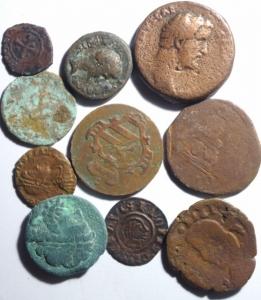 obverse: Lotti .Evo antico. Lotto di 10 esemplari. Notati teodosio x aquileia e denaro con testa nuda a ds