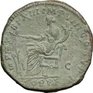 reverse: Commodus (177-192).. AE Sestertius, 186-187 AD