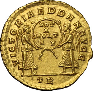 reverse: Constans (337-350).. AV Solidus, Treveri mint, 345 AD