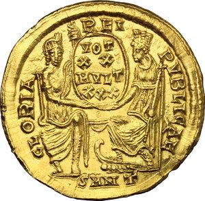 reverse: Constantius II (337-361).. AV Solidus, Nicomedia mint, 340-350 AD