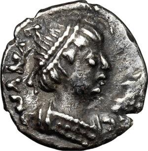 obverse: Ostrogothic Italy, Theoderic (493-526).. AR Quarter Siliqua in the name of Anastasius I, Ravenna mint, 493-518 AD