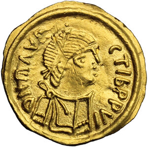 obverse: Lombardic Italy. Authari (584-590) to Agilulf (590-615).. AV Tremissis in the name of Maurice Tiberius (582-602). Struck c. 584-615 AD, Lombardy