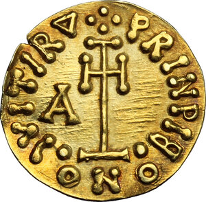 reverse: The Lombards at Beneventum. Arichis II, as Princeps (774-787).. AV Tremissis