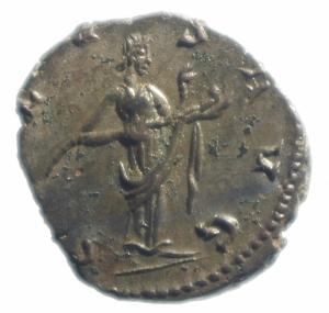 reverse: Impero Romano. Vittorino. 269-271 d.C. Antoniniano. Colonia Agrippinensis. D\ IMP VICTORINVS PF AVG Busto radiato verso destra. R/ SALVS AVG la Salus stante a destra con un serpente tra le braccia. RIC V 67; Mairat 321-6; AGK 21c. Peso 2,75 gr. Diametro 22,00 mm. SPL.