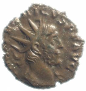 obverse: Impero Romano .Tetrico I. 271-274 d.C. Antoniniano. D/ IMP TETRICVS P F AVG Busto radiato verso destra. R/FIDES MILITVM la Fides tra 2 stendardi legionari. Peso 2,05 gr. Diametro 18,00mm. qSPL\BB Patina cuoio.