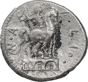 reverse: Mn. Aemilius Lepidus.. AR Denarius, 114-113 BC
