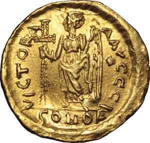 reverse: Anastasius I (491-518).. AV Solidus, Constantinople mint, 492-507