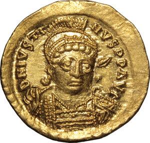 obverse: Justin I (518-527).. AV Solidus, Constantinople mint, 518-522