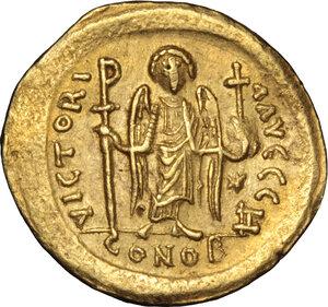 reverse: Justinian I (527-565).. AV Solidus, Rome mint, 542-552