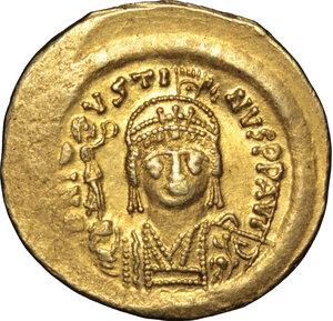 obverse: Justin II (565-578).. AV Solidus, Ravenna mint, 567-578