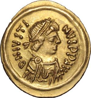 obverse: Justin II (565-578).. AV Tremissis, Ravenna mint, 567-578