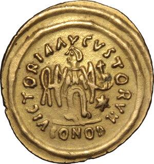 reverse: Justin II (565-578).. AV Tremissis, Ravenna mint, 567-578