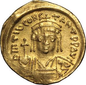 obverse: Tiberius II Constantine (578-582).. AV Solidus, Constantinople mint, 578-582