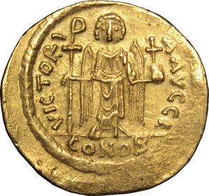 reverse: Maurice Tiberius (582-602).. AV Solidus, Constantinople mint, 583-602