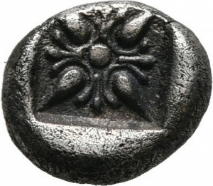 reverse: Ionia, Mileto (524-494 a.C.). AR Obol, 1/12 Stater (1,07gr. – 9mm.). D.\: protome di leone a sinistra. R.\: ornamento floreale a forma di stella in Quadratum incusum. SNG Kayhan 476-481. qBB/BB+. R1.