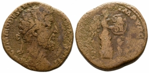 obverse: Commodus (180-192), Roma. AE Sestertius (27 mm. - 19.95 gr.). MB.