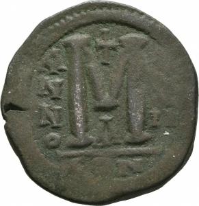 reverse: Giustinianus I (527 - 565). Costantinopoli. AE Follis [40 Nummi], (18,71 gr. - 34 mm.). D.\: D N IVSTINI - ANVS P P AVC. R.\: M - A/N/N/O XXII - Δ / CON. Sear 163. qBB.