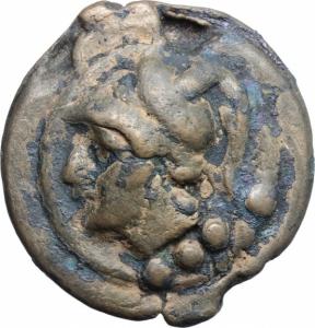 obverse: Anonimo. Serie Librale (225-217 a.C.). AE Triens (87,05 gr. – 46 mm.). D.\: testa di Minerva a sinistra, elmata. Sotto, 4 blobetti. R.\: Prua di Galea a destra, sotto 4 globetti. Cr. 35/3. Patina Marrone. qBB. Raro.
