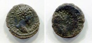 obverse: Lucio Vero (161-169). Zecca incerta. AE (19,6 mm. - 3,60 gr.). D.\: profilo di Lucio Vero a destra. R.\: profilo sempre di Lucio Vero però in