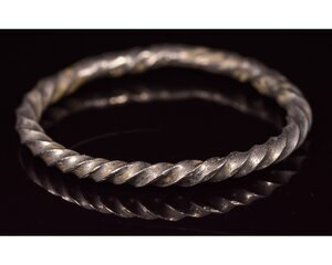 obverse: VIKING SILVER TWISTED RING