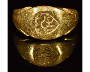 obverse: MEDIEVAL CHRISTIAN GOLD RING WITH MONOGRAM