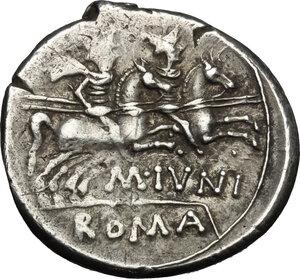 reverse: M. Iunius Silanus.. AR Denarius, 145 BC