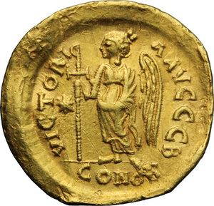 reverse: Justin I (518-527).. AV Solidus, Constantinople mint, c. 518-519 AD