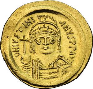 obverse: Justinian I (527-565).. AV Solidus, Constantinople mint, c. 545-565 AD