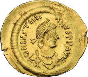 obverse: Justinian I (527-565).. AV Semissis, Constantinople mint
