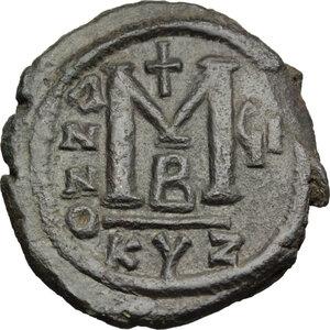 reverse: Justin II (565-578).. AE Follis, Cyzicus mint
