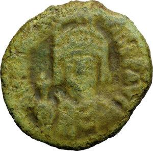 obverse: Maurice Tiberius (582-602).. AE Half Follis, Ravenna mint