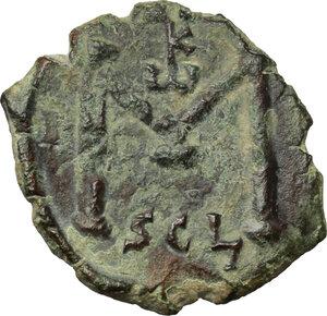 reverse: Constans II (641-668).. AE Follis, Syracuse mint