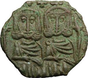 obverse: Leo IV, the Khazar (775-780). AE Follis, Syracuse mint